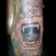 Monkey idol over elbow